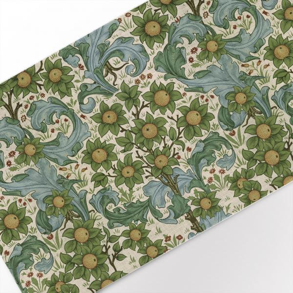 Table runner / Orchard