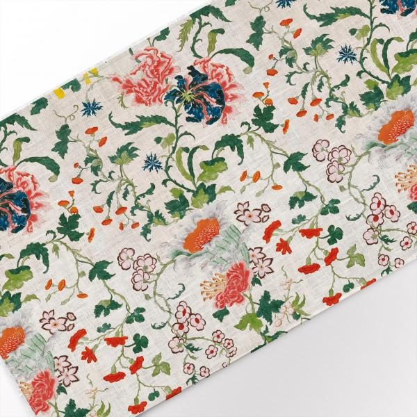 Table runner / Antique blooming floral