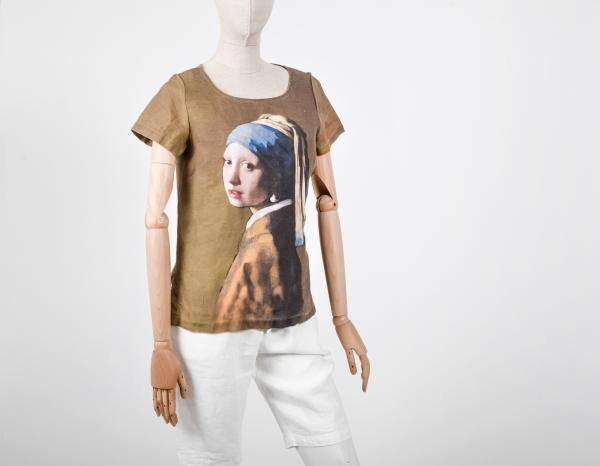 Linen shirt / Girl with a Pearl Earring (Brown)