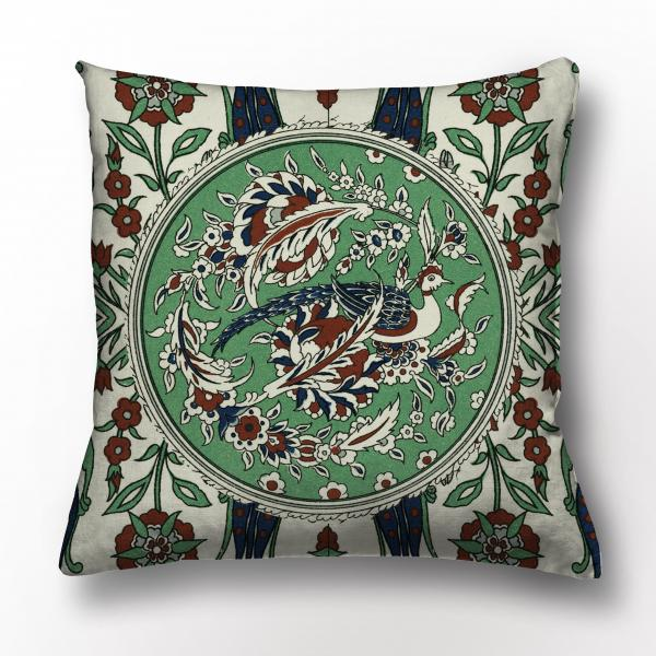 Cushion cover / L'ornement Polychrome III